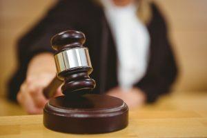 rechter uitspraak over mentorschap en bewindvoering bij dementie