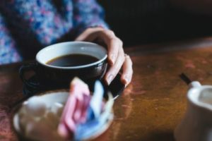 dementie dagbesteding samen koffiedrinken